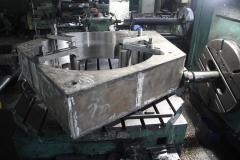 Блок на расточном станке